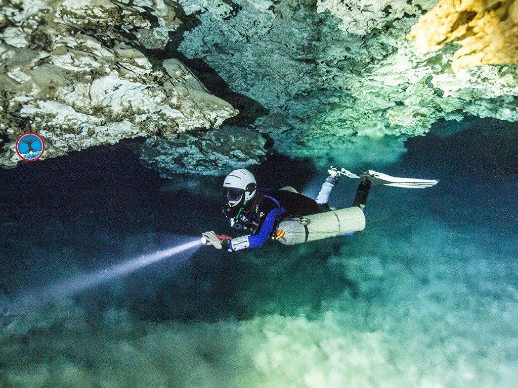 Razor Sidemount Cave Diver