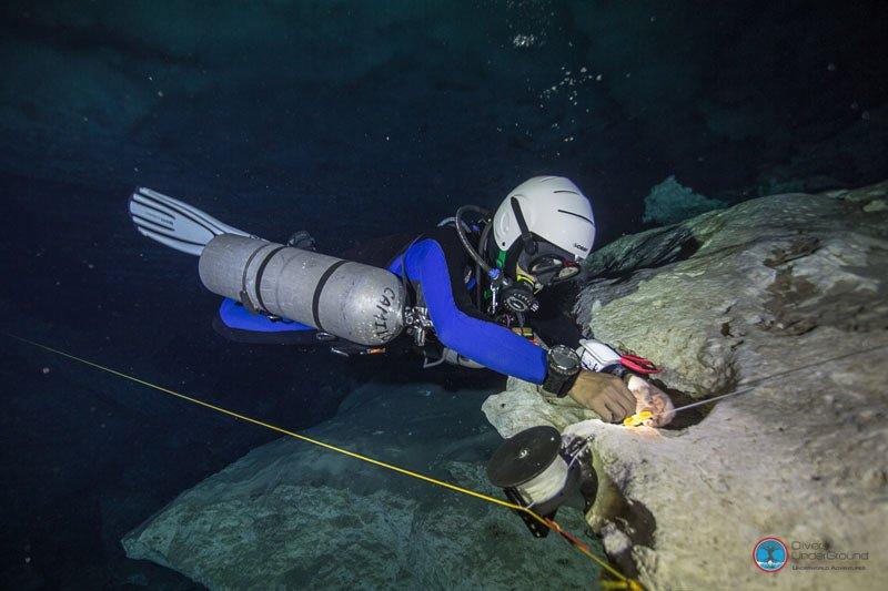 TDI Sidemount Cave Diver